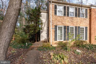 Burke VA Townhouse For Sale: $439,000