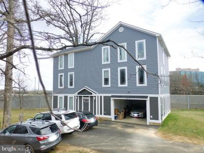Dunn Loring Single Family Home For Sale: 2619 Stenhouse Place