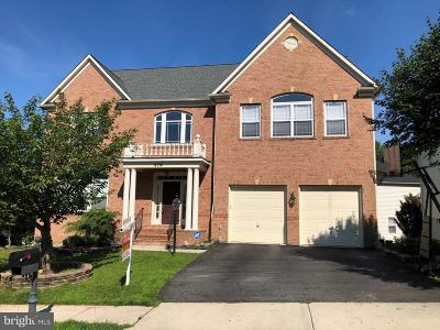 Fairfax County, Fairfax City Single Family Home For Sale: 8701 Flowering Dogwood Lane
