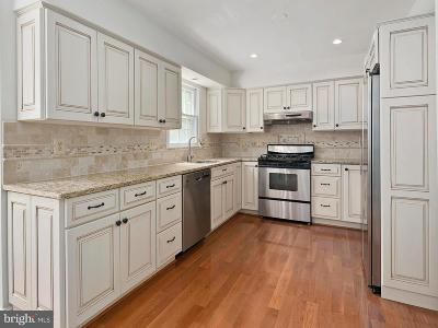 Reston Single Family Home For Sale: 1232 Bishopsgate Way