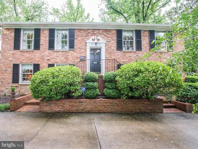 Alexandria Single Family Home For Sale: 6021 Woodmont Road