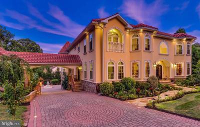 Fairfax VA Single Family Home For Sale: $1,800,000