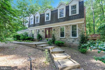 Oakton Single Family Home For Sale: 11208 Cranbrook Lane