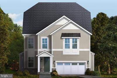 Alexandria Single Family Home For Sale: 8107 Yorktown Drive