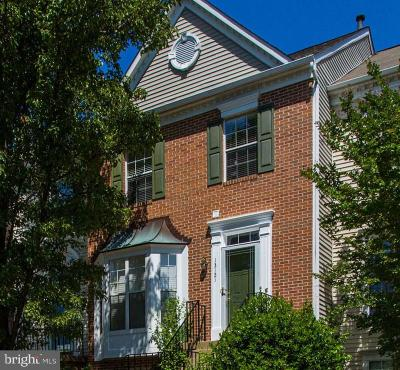 Fairfax Townhouse For Sale: 13121 Wren Hollow Lane