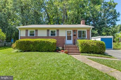 Falls Church Single Family Home For Sale: 3164 Nealon Drive