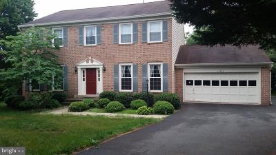 Fairfax County Single Family Home For Sale: 14703 General Lee Drive