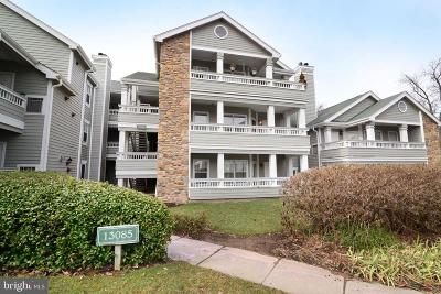 Fairfax County Condo For Sale: 13085 Autumn Woods Way #201