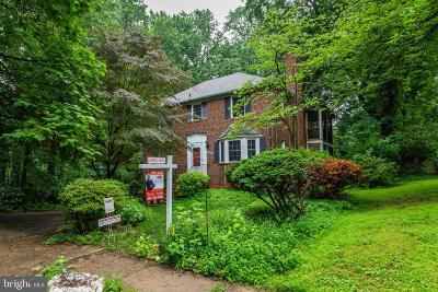 Falls Church Single Family Home For Sale: 6607 Locust Street