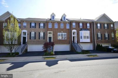 Fairfax Townhouse For Sale: 2933 Saxon Flowers Drive