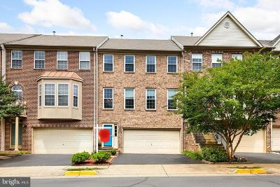 Fairfax Townhouse For Sale: 12438 Casbeer Drive
