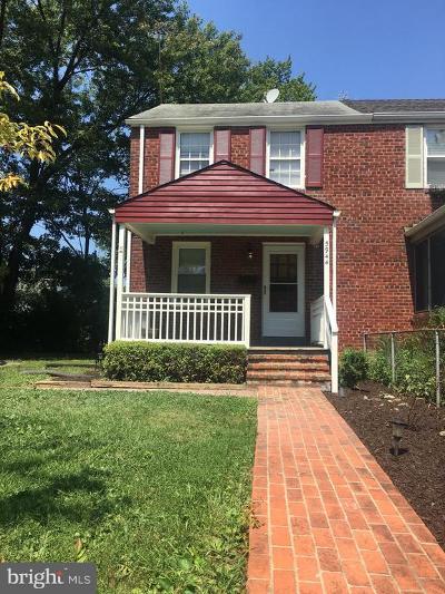 Huntington Townhouse For Sale: 5944 Williamsburg Road