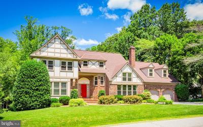 Fairfax Station Single Family Home For Sale: 10735 Beechnut Court