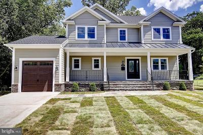 Falls Church Single Family Home For Sale: 6041 Brook Drive