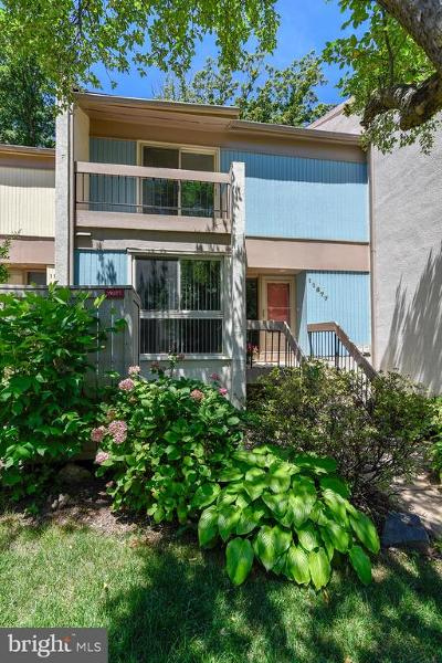 Reston Townhouse For Sale: 11677 Newbridge Court