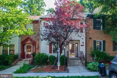 Alexandria Townhouse For Sale: 5921 High Meadow Road