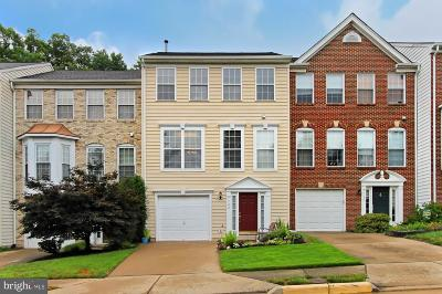 Springfield Townhouse Under Contract: 7722 Havenbrook Way