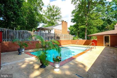 Woodbridge, Dumfries, Lorton Single Family Home For Sale: 10527 Anita Drive