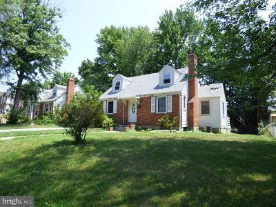 Falls Church Single Family Home For Sale: 6711 Farragut Avenue