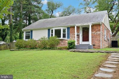 Alexandria Single Family Home For Sale: 8008 Wellington Road
