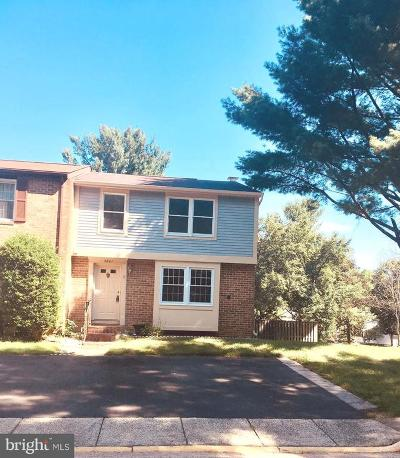 Burke, Springfield Townhouse For Sale: 5841 Canvasback Road