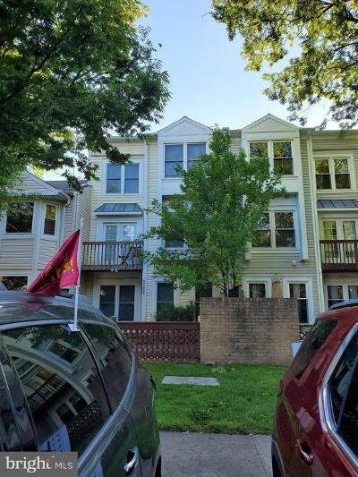 Centreville Townhouse For Sale: 6068 Meadow Crest Court