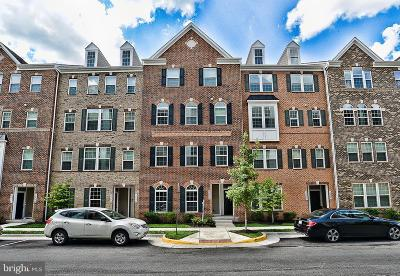 Herndon Condo For Sale: 3230 Yeager Drive #6G