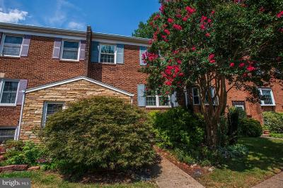 Fairfax, Fairfax Station Townhouse For Sale: 3104 Cedar Grove Drive