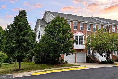 Herndon Townhouse For Sale: 13144 Rose Petal Circle