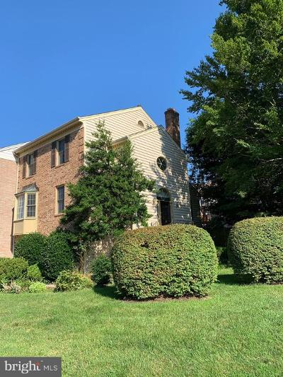 Fairfax Townhouse For Sale: 4634 Luxberry Drive
