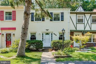 Centreville Townhouse For Sale: 14875 Lambeth Square