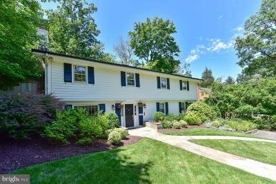 Alexandria Single Family Home For Sale: 6208 Foxcroft Road