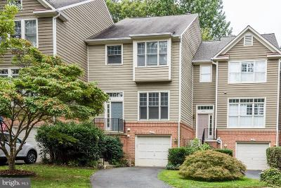 Reston Townhouse For Sale: 1222 Weatherstone Court
