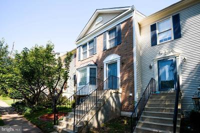 Centreville Townhouse For Sale: 14534 Battery Ridge Lane