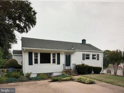 Alexandria Single Family Home For Sale: 6308 Gentele Court