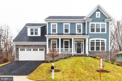 McLean Single Family Home For Sale: 1814 Chesterfield Place