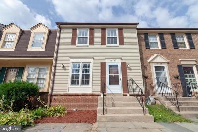 Centreville Townhouse For Sale: 14363 Watery Mountain Court