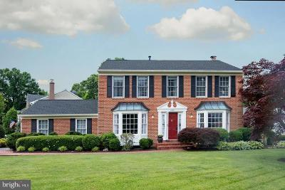 Alexandria Single Family Home For Sale: 8300 Centerbrook Place