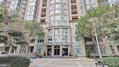 McLean Condo For Sale: 8220 Crestwood Heights Drive #1401