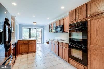 Alexandria Townhouse For Sale: 6281 Chaucer View Circle