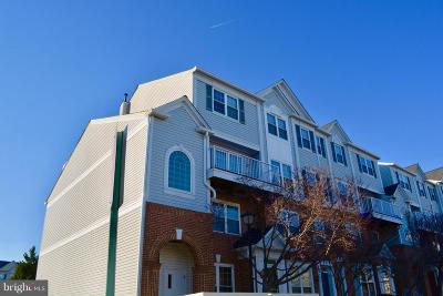 Alexandria Condo Active Under Contract: 5994 Kimberly Anne Way #302