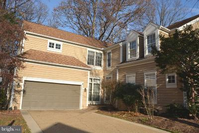 Reston Townhouse For Sale: 11412 Hollow Timber Court