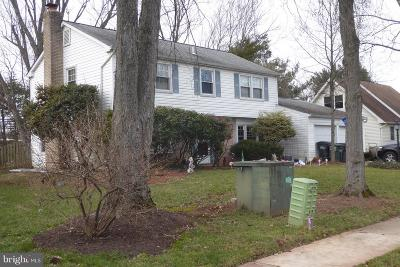 Fairfax VA Single Family Home For Sale: $489,000