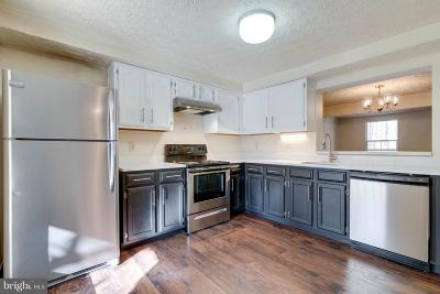 Springfield Townhouse For Sale: 6402 Chaney Court