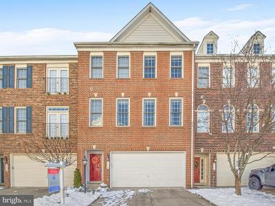 Lorton Townhouse For Sale: 9435 Hucks Bridge Circle