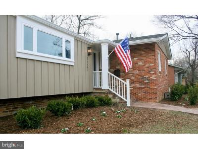 Alexandria Single Family Home For Sale: 1121 Anesbury Lane