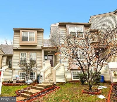 Centreville Townhouse Under Contract: 6169 Stonepath Circle