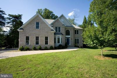 Vienna Single Family Home For Sale: 2626 Chain Bridge Road