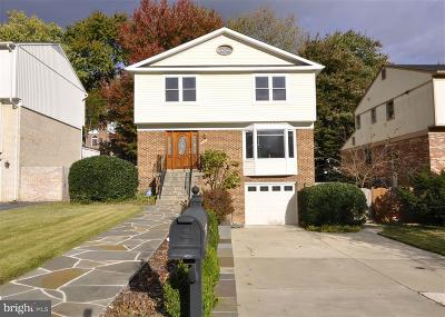 McLean Single Family Home For Sale: 6860 Chelsea Road