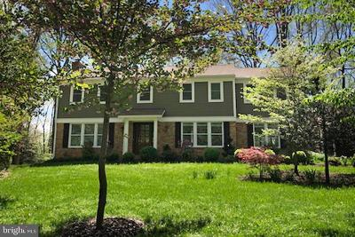 Reston Single Family Home For Sale: 11307 Fieldstone Lane